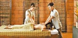 relaxing four hand massage